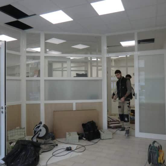 Réagencement intérieur, cloisons, plafond, éclairage
