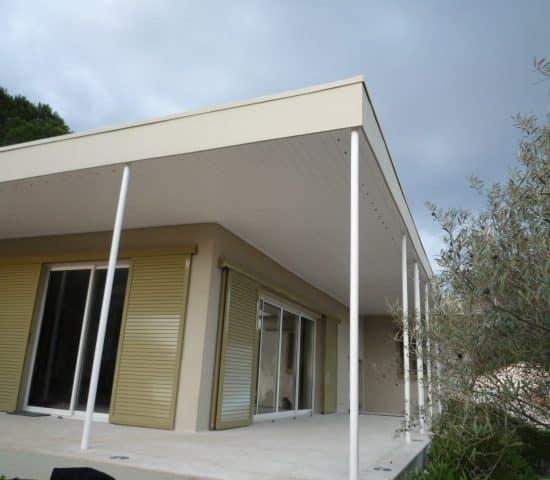 Rénovation villa, volets coul. à lames orientables