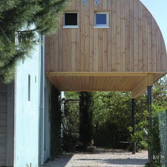 Extension en bois d'une villa